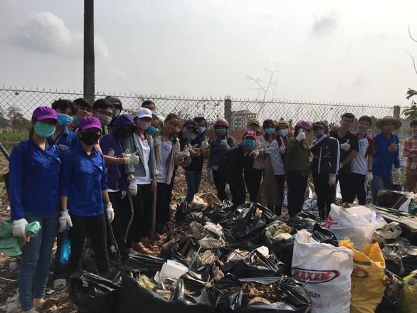Trào lưu dọn rác lan rộng từ Nam chí Bắc - Ảnh 7.