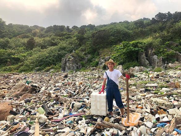 Trào lưu dọn rác lan rộng từ Nam chí Bắc - Ảnh 3.