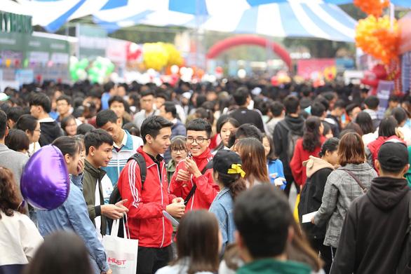 Hàng vạn học sinh dự Ngày hội tư vấn tuyển sinh quy mô nhất từ trước đến nay - Ảnh 15.