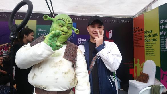 Robot, nhân vật phim Avatar dự ngày hội tư vấn tuyển sinh - Ảnh 6.