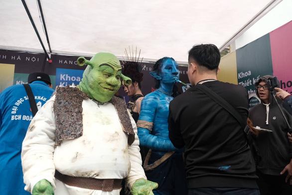 Robot, nhân vật phim Avatar dự ngày hội tư vấn tuyển sinh - Ảnh 4.