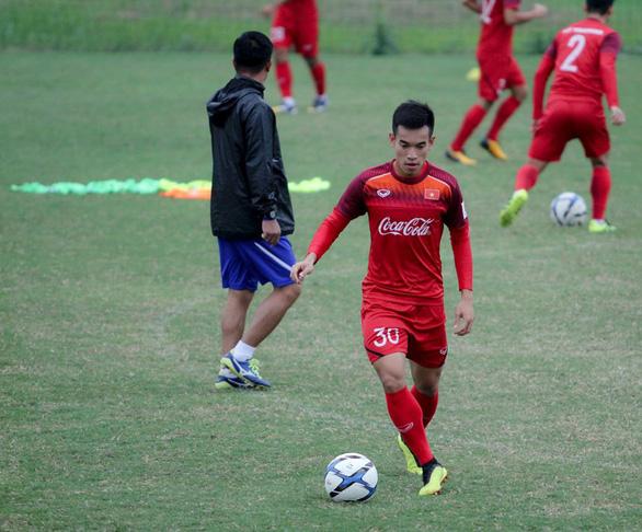 HLV Park Hang Seo loại thêm 5 cầu thủ đội U-23 Việt Nam - Ảnh 2.