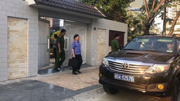 Khám nhà một loạt cựu quan chức Đà Nẵng liên quan vụ án Vũ nhôm - Ảnh 3.