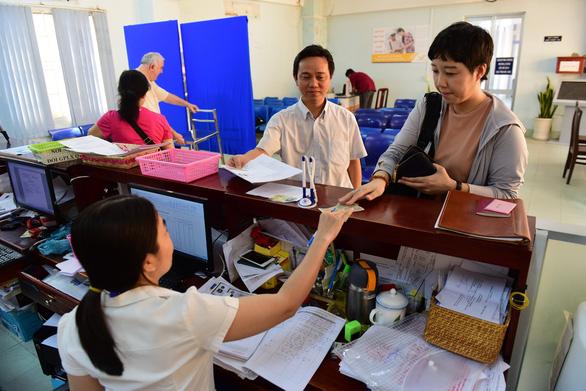 Phát hiện nhiều trường hợp mua giấy khám sức khỏe để thi giấy phép lái xe - Ảnh 1.