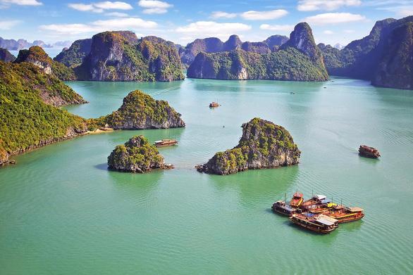 Sơn Đoòng, Hạ Long vào top 25 điểm du lịch hàng đầu ở Đông Nam Á - Ảnh 1.