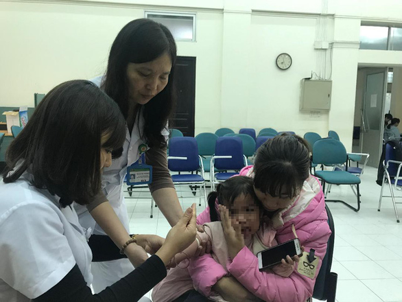 Bộ Y tế vào cuộc vụ hàng trăm học sinh Bắc Ninh nhiễm sán - Ảnh 1.