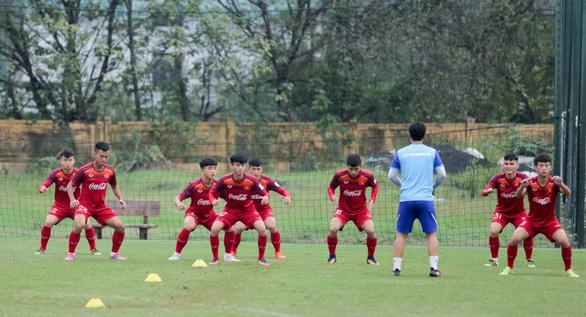 HLV Park Hang Seo kiên nhẫn chờ Đình Trọng trước khi chốt danh sách - Ảnh 2.
