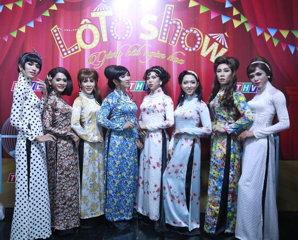 Đoàn lô tô Sài Gòn Tân Thời được mời sang Đài Loan trình diễn - Ảnh 1.