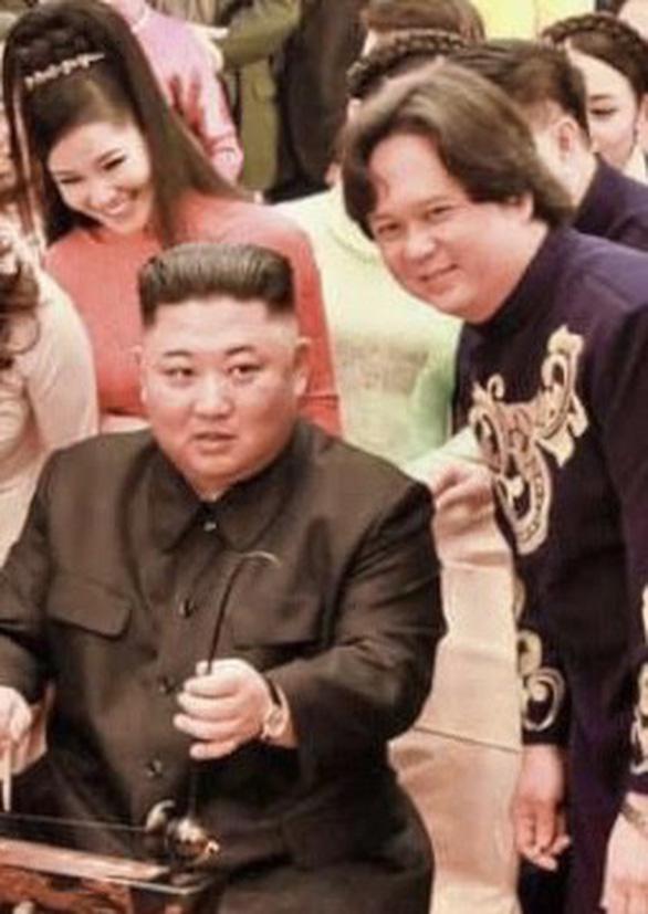 Ông Kim Jong Un nghe hát Hạ trắng, thử gảy đàn bầu và klôngput - Ảnh 4.