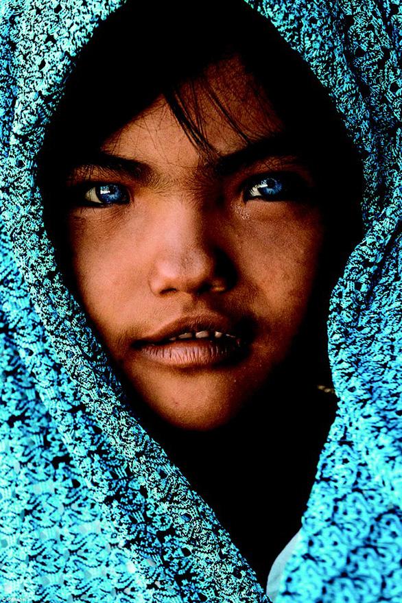 Bức ảnh 3 tỉ đồng: Hóa ra nhiếp ảnh 'mua nước mắt' vẫn thắng thế - Ảnh 3.