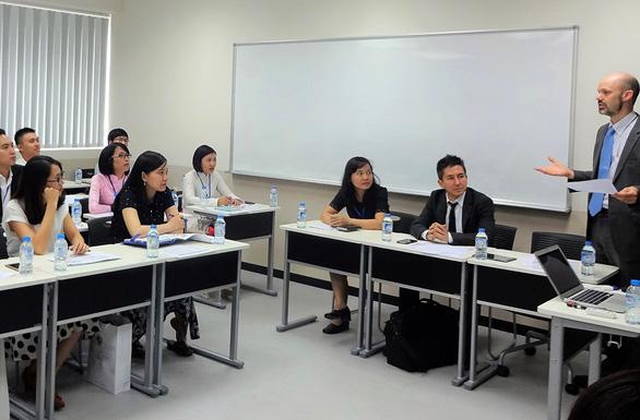 ĐH Việt Nhật cấp hơn 100 học bổng thạc sĩ - Ảnh 1.