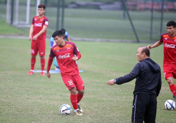 Hàng công tuyển U23 Việt Nam: Vắng Tiến Linh, đã có Đức Chinh - Ảnh 1.