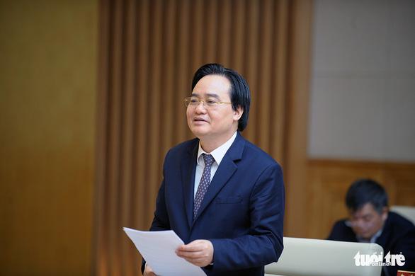 Bộ trưởng Phùng Xuân Nhạ: tránh tuyên truyền giáo dục không trong sáng - Ảnh 2.