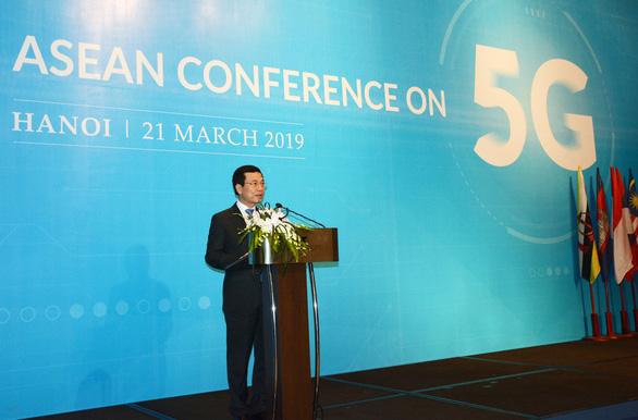 Bộ trưởng Nguyễn Mạnh Hùng: Việt Nam sẽ là một trong những nước đầu tiên triển khai 5G - Ảnh 1.