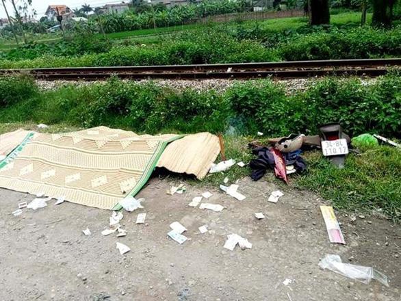 Lại tai nạn đường sắt tại Hải Dương làm 2 người chết - Ảnh 1.