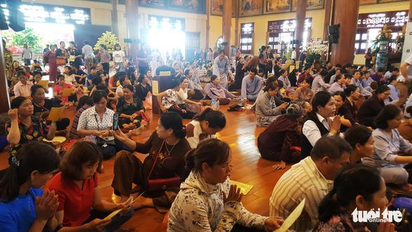 Vong nhập, giải nghiệp vẫn sang sảng trong chùa Ba Vàng - Ảnh 2.