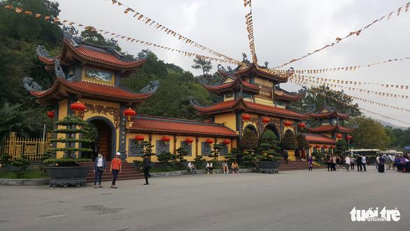 Vong nhập, giải nghiệp vẫn sang sảng trong chùa Ba Vàng - Ảnh 1.