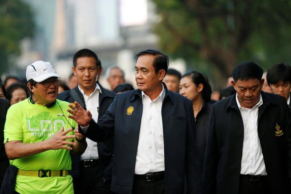 Chén cơm làm lung lay phiếu bầu của nông dân Thái - Ảnh 1.