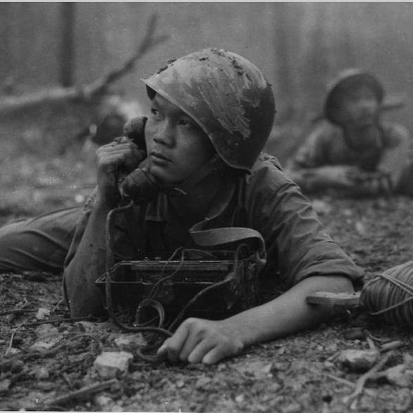 Ảnh chiến tranh Đông Dương lần đầu tiên triển lãm tại Singapore - Ảnh 1.