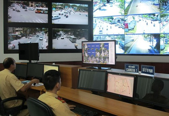 Chia sẻ dữ liệu về tước giấy phép lái xe, Cục CSGT nói đã làm đầy đủ - Ảnh 1.