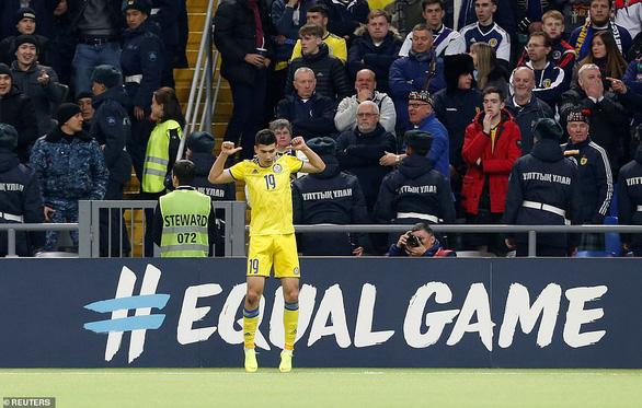 Scotland thảm bại trước đối thủ kém họ 77 bậc trên bảng xếp hạng FIFA - Ảnh 4.