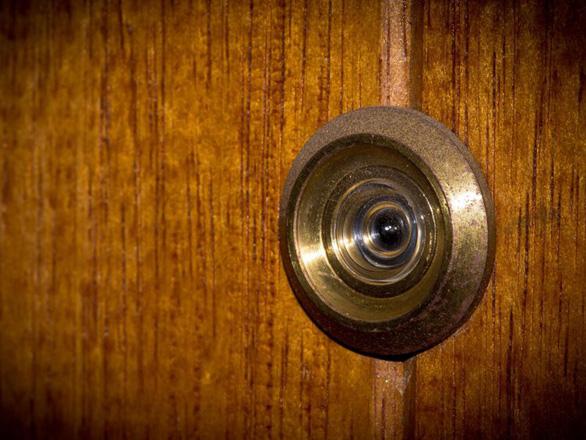 13 cách đơn giản giúp bạn an toàn khi ở khách sạn - Ảnh 6.