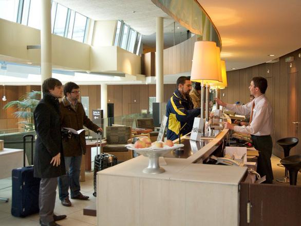13 cách đơn giản giúp bạn an toàn khi ở khách sạn - Ảnh 2.