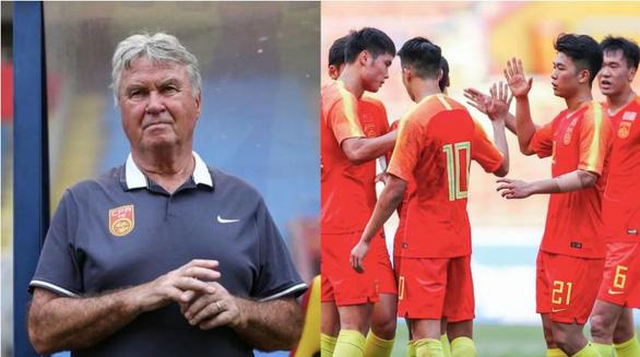 HLV Guus Hiddink: Bóng đá châu Á đang phát triển mạnh - Ảnh 1.