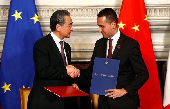 Ý chính thức ủng hộ Vành đai và con đường của Trung Quốc - Ảnh 1.