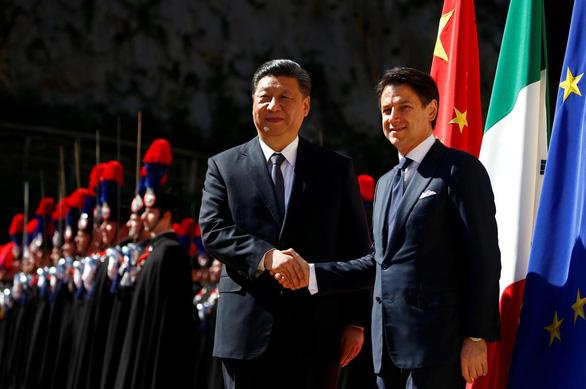 Ý chính thức ủng hộ Vành đai và con đường của Trung Quốc - Ảnh 2.