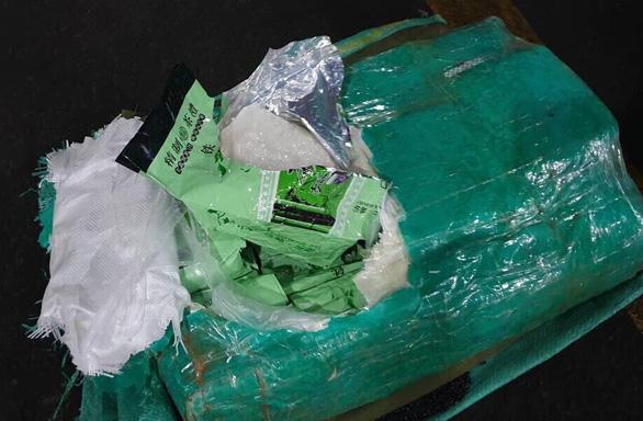 Philippines bắt giữ 276kg ma túy xuất đi từ cảng Cát Lái - Ảnh 3.