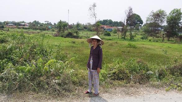 16 năm sau phát hiện chính quyền làm sổ đỏ nhầm thửa đất hàng xóm - Ảnh 1.