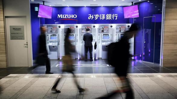 Kinh tế Nhật Bản sẽ xáo trộn trong 10 ngày nghỉ vì Nhật hoàng thoái vị? - Ảnh 1.