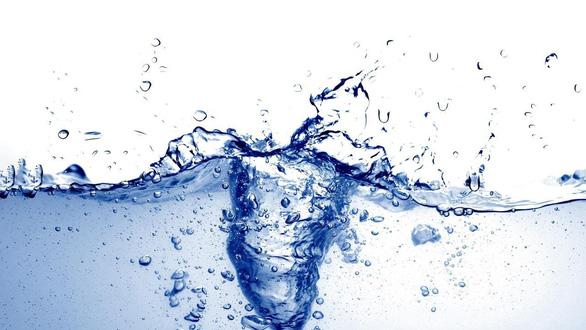 Nước suối, nước khoáng, nước tinh khiết… nước nào tốt nhất? - Ảnh 1.