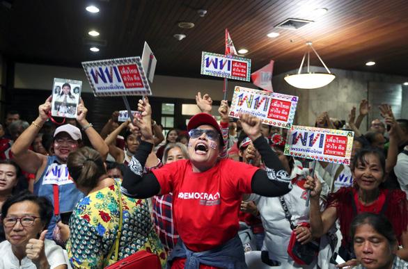 Người Thái xôn xao về nghi vấn gian lận bầu cử - Ảnh 1.