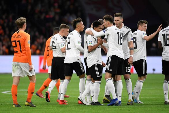 Đức thắng nghẹt thở Hà Lan phút 90 - Ảnh 1.