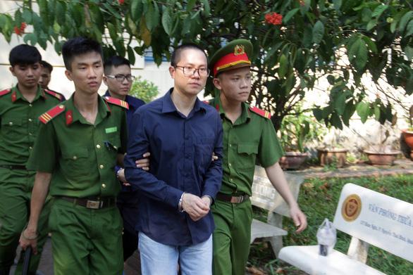 Nguyên giám đốc phòng giao dịch Techcombank bị phạt 12 năm tù - Ảnh 1.