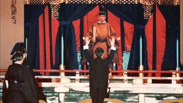 Vương triều Nhật hoàng mới không đặt tên theo điển tích Trung Quốc - Ảnh 2.