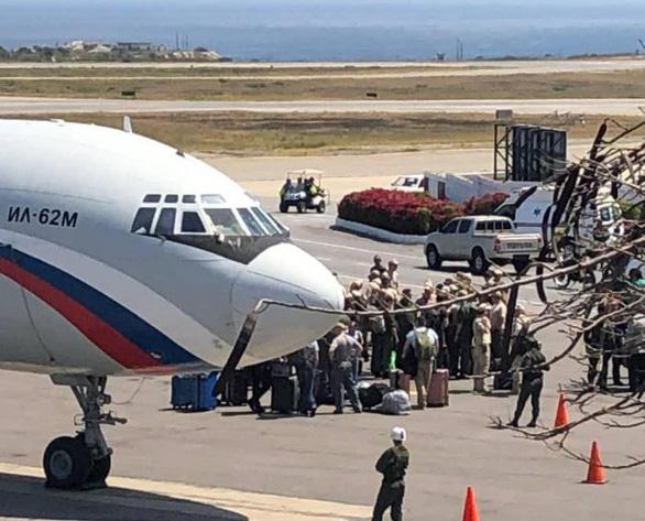 2 máy bay quân sự Nga có mặt tại Venezuela để làm gì? - Ảnh 1.
