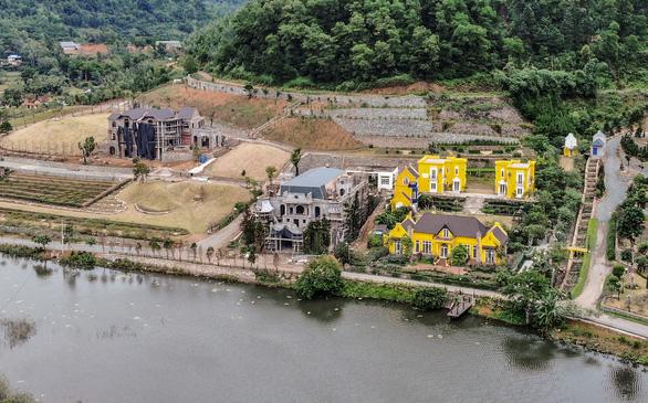 Chủ tịch Hà Nội: Vi phạm trật tự xây dựng do cán bộ có biểu hiện bao che - Ảnh 1.
