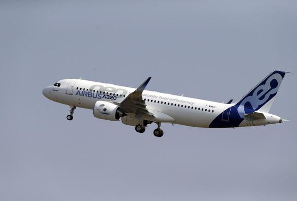 Lơ Boeing, Trung Quốc đổ 35 tỉ USD mua 300 máy bay Airbus - Ảnh 2.