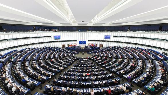 EU chốt luật cho phép các báo tính phí với Google News khi dẫn lại tin tức - Ảnh 1.