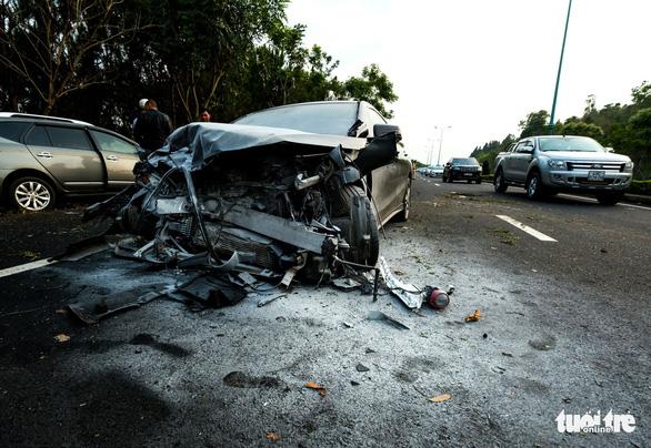 Khởi tố tài xế uống rượu, lái xe tông chết người trên đường cao tốc - Ảnh 2.