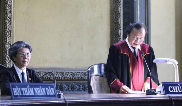 Tòa phán quyết vợ chồng ông Đặng Lê Nguyên Vũ ly hôn - Ảnh 2.