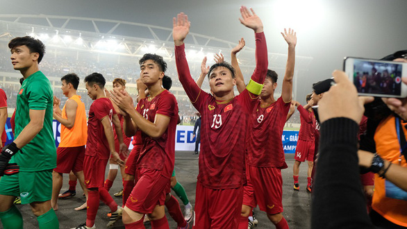 Các cựu tuyển thủ: U23 Việt Nam khiến người Thái lần đầu bất lực - Ảnh 1.