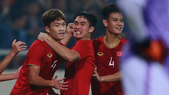 Các cựu tuyển thủ: U23 Việt Nam khiến người Thái lần đầu bất lực - Ảnh 11.