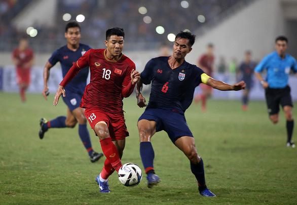 U23 Việt Nam thắng Thái Lan 4-0 bằng áp sát, tranh chấp toàn mặt sân - Ảnh 1.