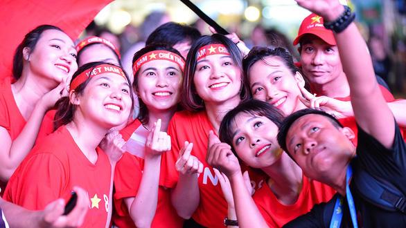 Các cựu tuyển thủ: U23 Việt Nam khiến người Thái lần đầu bất lực - Ảnh 12.