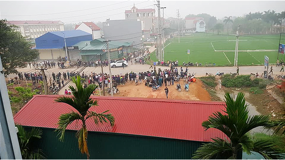 Tai nạn thảm khốc giữa xe khách và đoàn đưa tang: 7 người chết - Ảnh 3.