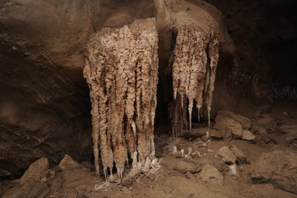 Phát hiện hang động muối dài nhất thế giới - Ảnh 8.